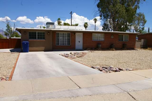 6901 E Calle Neptuno, Tucson, AZ 85710 (#22016477) :: Long Realty Company