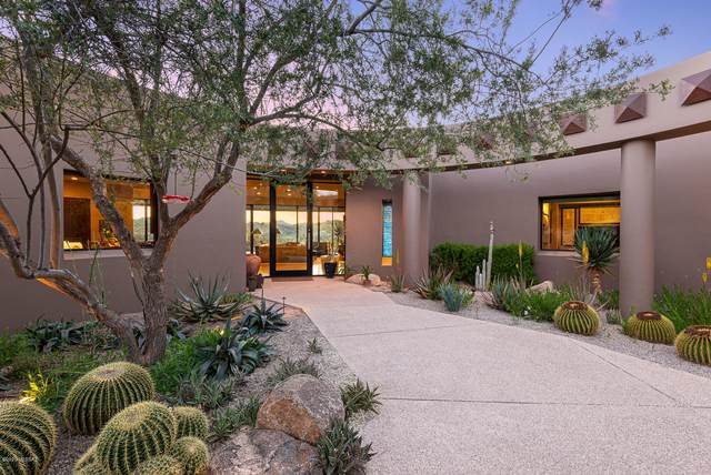 525 E Crescent Moon Drive, Oro Valley, AZ 85755 (#22016597) :: Long Realty - The Vallee Gold Team