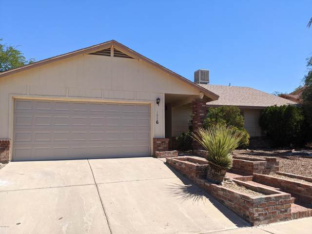 1626 W Oak Hollow Drive, Tucson, AZ 85746 (#22016610) :: Long Realty - The Vallee Gold Team