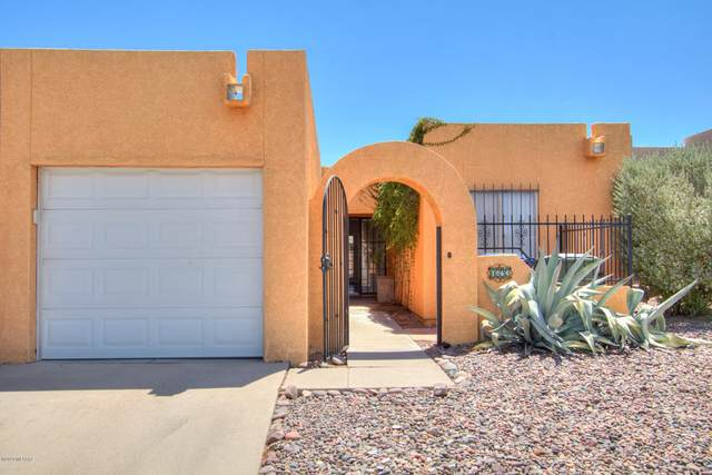 1864 N Frances Boulevard, Tucson, AZ 85712 (#22016673) :: Long Realty - The Vallee Gold Team