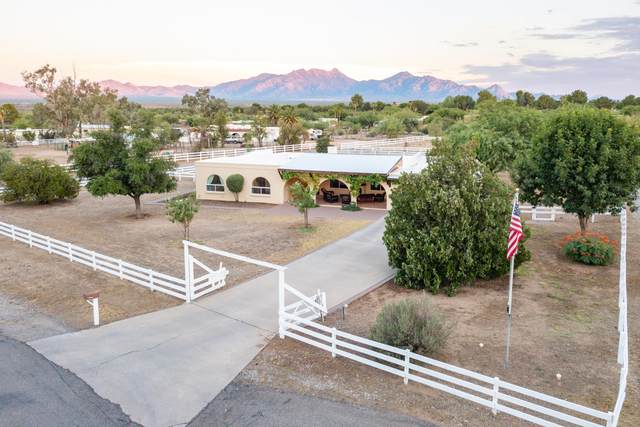 1691 N Cll Pasto, Green Valley, AZ 85614 (#22016906) :: eXp Realty
