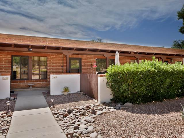 103 S Paseo Tierra C, Green Valley, AZ 85614 (#22017012) :: Long Realty - The Vallee Gold Team
