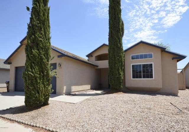 2791 W Camino Ebano, Tucson, AZ 85742 (#22017054) :: Long Realty - The Vallee Gold Team