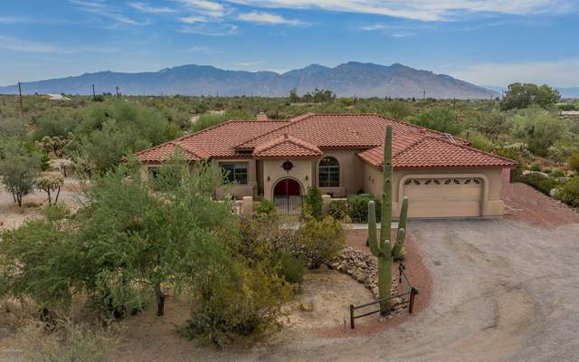 4655 W Flying Diamond Drive, Tucson, AZ 85742 (#22017080) :: Long Realty - The Vallee Gold Team