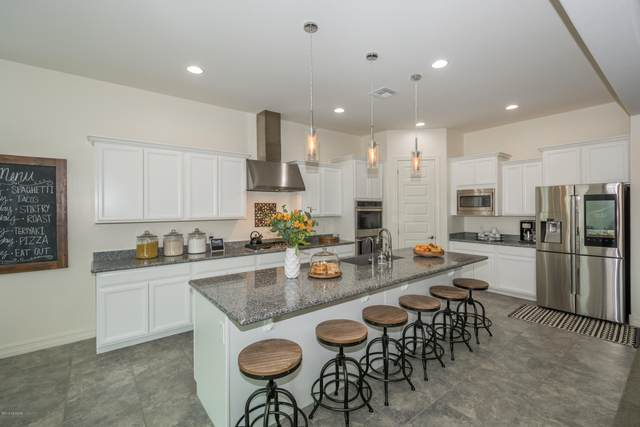 942 W Zebra Tail Court, Tucson, AZ 85755 (#22017198) :: Long Realty - The Vallee Gold Team