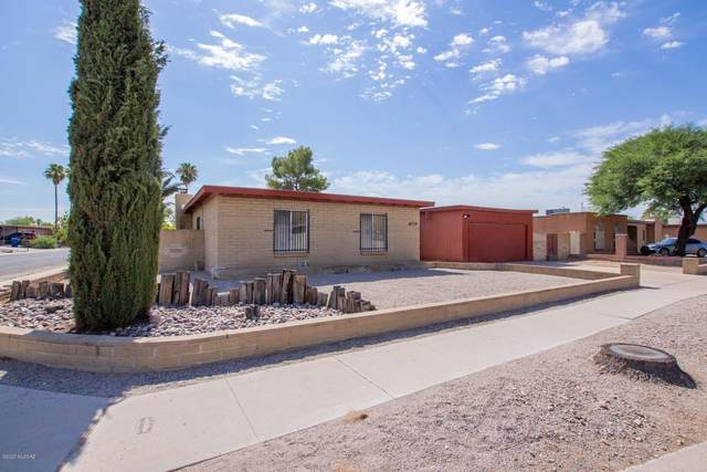 5221 S Greenway Drive, Tucson, AZ 85706 (#22017906) :: Long Realty - The Vallee Gold Team