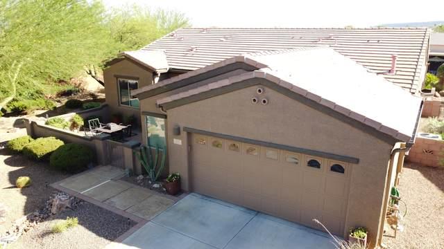 917 W Bosch Drive, Green Valley, AZ 85614 (#22018728) :: Long Realty Company