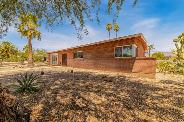 5801 E 5th Street, Tucson, AZ 85711 (#22018829) :: Long Realty - The Vallee Gold Team