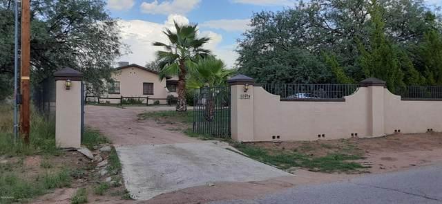 889 Paseo Comanche, Rio Rico, AZ 85648 (#22018881) :: Long Realty - The Vallee Gold Team