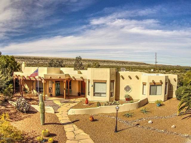 1328 W Placita Salubre, Green Valley, AZ 85622 (#22018891) :: Long Realty - The Vallee Gold Team