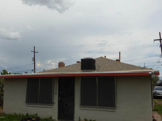 505 N Iroquois Avenue, Tucson, AZ 85745 (#22019036) :: Long Realty - The Vallee Gold Team