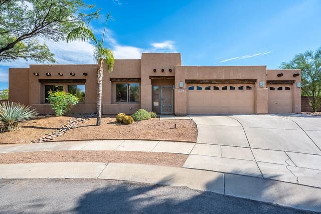 9401 E Sandy Whiskers Place, Tucson, AZ 85710 (#22019526) :: Long Realty - The Vallee Gold Team