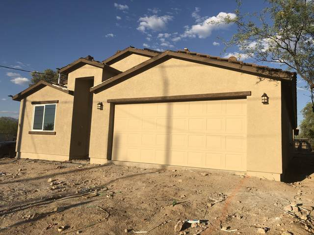 1401 S 9th Avenue, Tucson, AZ 85713 (#22019592) :: Long Realty - The Vallee Gold Team