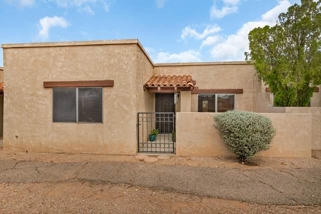 8356 E Avenida De Las Pampas, Tucson, AZ 85710 (#22019910) :: The Josh Berkley Team