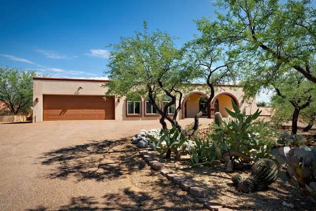 6400 E Calle De Amigos, Tucson, AZ 85750 (#22019916) :: The Josh Berkley Team