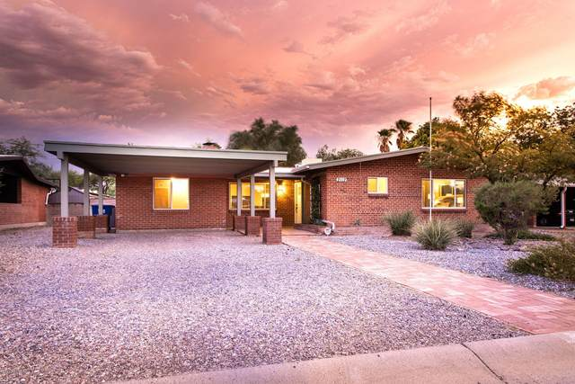 2112 E La Madera Drive, Tucson, AZ 85719 (#22020307) :: The Josh Berkley Team