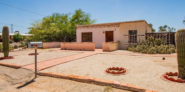 2101 N Columbus Boulevard, Tucson, AZ 85712 (#22021273) :: Tucson Property Executives