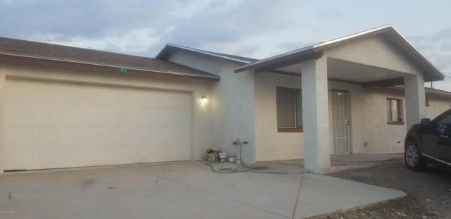 97 Via Caliente, Rio Rico, AZ 85648 (#22021408) :: Luxury Group - Realty Executives Arizona Properties