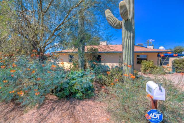 1817 N Woodland Avenue, Tucson, AZ 85712 (#22022105) :: Long Realty - The Vallee Gold Team