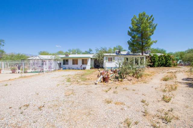8440 E Tanque Verde Road, Tucson, AZ 85749 (#22022193) :: Keller Williams