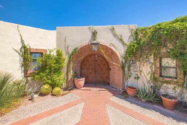 6720 N Montezuma Drive, Tucson, AZ 85718 (#22022356) :: Keller Williams