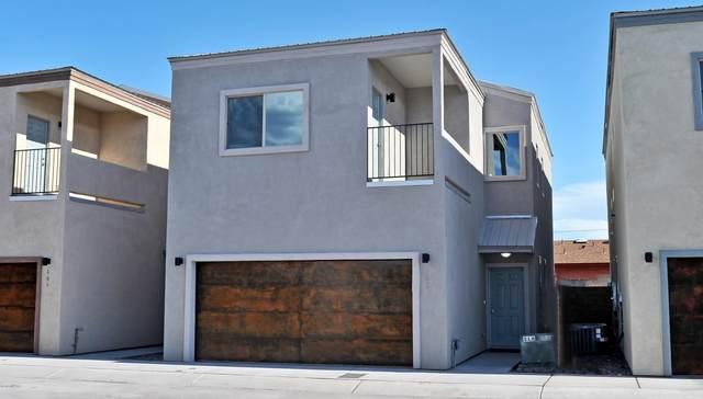 180 E Stone Court, Tucson, AZ 85705 (#22022700) :: Long Realty - The Vallee Gold Team