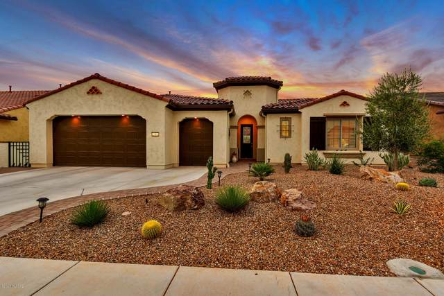 2305 E Page Mill Drive, Green Valley, AZ 85614 (#22022868) :: Gateway Partners