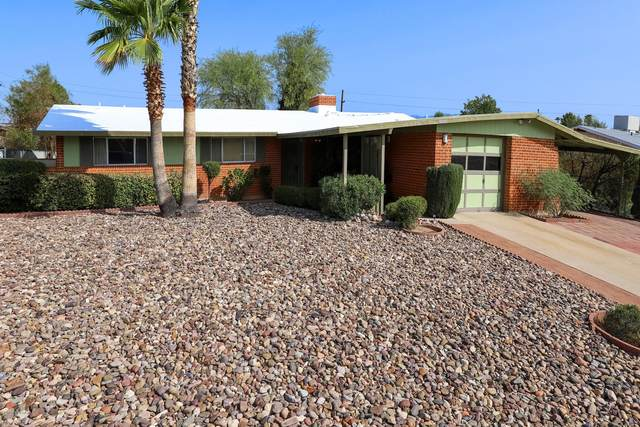 8713 E 29th Street, Tucson, AZ 85710 (#22022945) :: Long Realty - The Vallee Gold Team