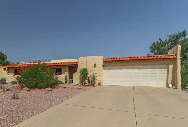1000 W Calle Del Regalo, Green Valley, AZ 85614 (#22023143) :: Long Realty Company