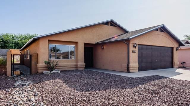 7959 S Lennox Lane, Tucson, AZ 85747 (#22023303) :: Long Realty - The Vallee Gold Team