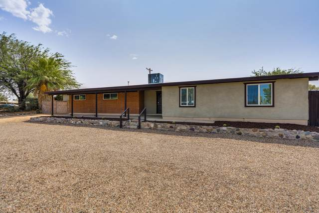 7355 E Eastview Drive, Tucson, AZ 85710 (#22023353) :: The Josh Berkley Team