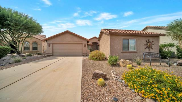 945 N Glen Canyon Court, Green Valley, AZ 85614 (#22023426) :: Keller Williams