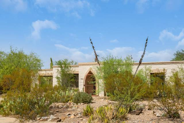 2024 W Calle Niagara, Tucson, AZ 85745 (#22023596) :: Long Realty - The Vallee Gold Team