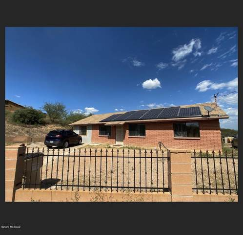 1073 Avenida Aire, Rio Rico, AZ 85648 (#22023961) :: Keller Williams