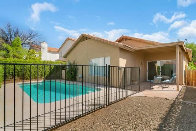 5539 N Weeping Rock Drive, Tucson, AZ 85750 (#22024011) :: The Josh Berkley Team
