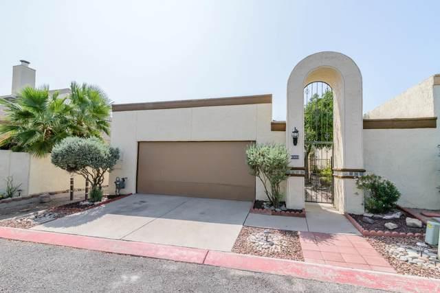 6980 S Placita De Amigos, Tucson, AZ 85746 (#22024025) :: Long Realty - The Vallee Gold Team