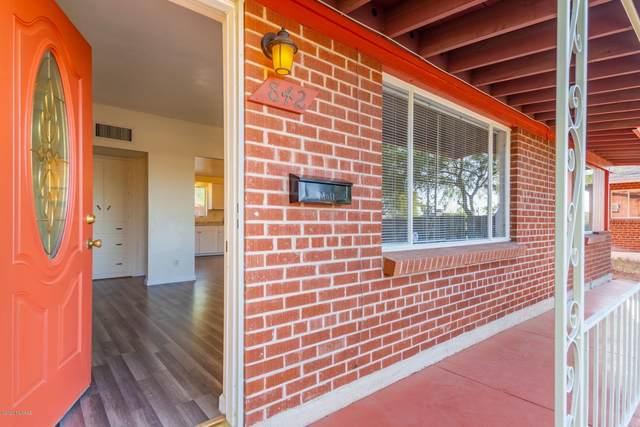 842 E Silver Street, Tucson, AZ 85719 (#22024029) :: Long Realty - The Vallee Gold Team