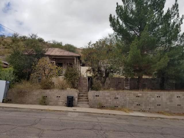 353 N Wayside Drive, Nogales, AZ 85621 (#22024050) :: Keller Williams