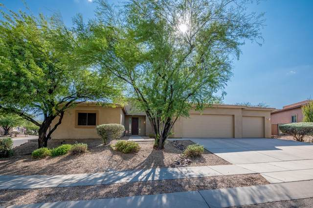 771 W Flagstick Drive, Oro Valley, AZ 85755 (#22024087) :: Long Realty Company