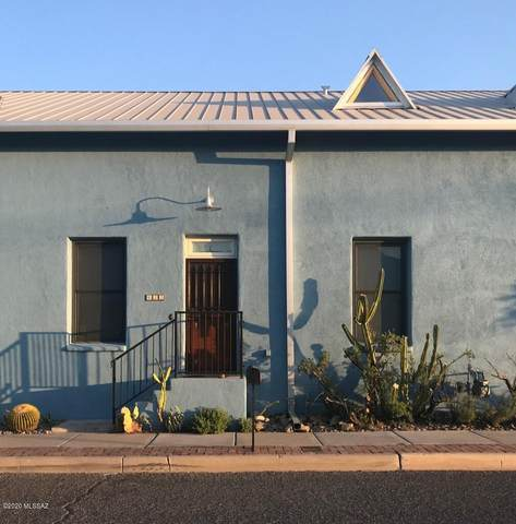 422 N Court Avenue, Tucson, AZ 85701 (#22024102) :: Long Realty - The Vallee Gold Team