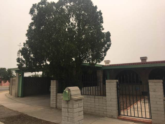 4774 S Apple Tree Avenue, Tucson, AZ 85730 (#22024209) :: The Local Real Estate Group | Realty Executives