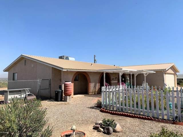402 E Patrick Drive, Benson, AZ 85602 (#22024609) :: Gateway Partners