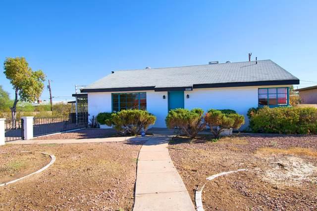 2831 W Roadrunner Road, Tucson, AZ 85746 (#22024800) :: Gateway Partners