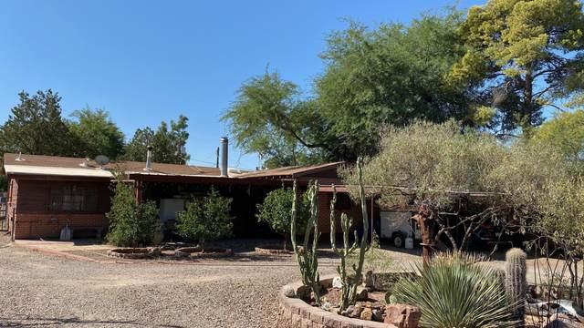 425 E Navajo Road, Tucson, AZ 85705 (#22024995) :: Kino Abrams brokered by Tierra Antigua Realty