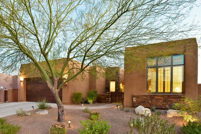 989 W Par Four Drive, Oro Valley, AZ 85755 (#22025369) :: Long Realty - The Vallee Gold Team