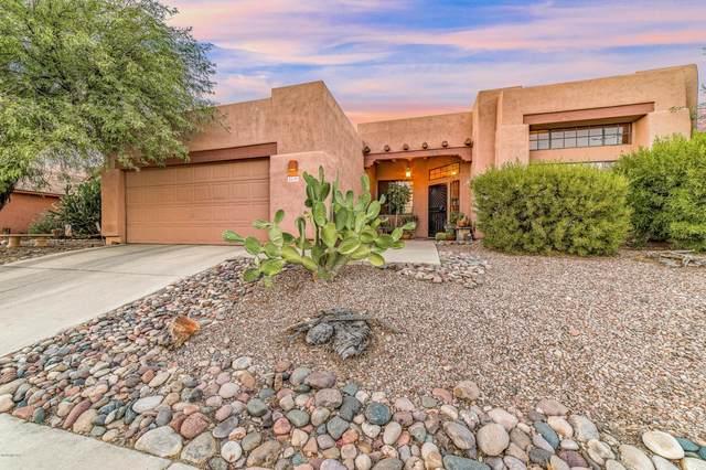 2690 W Camino De La Joya, Tucson, AZ 85742 (#22025403) :: Long Realty - The Vallee Gold Team