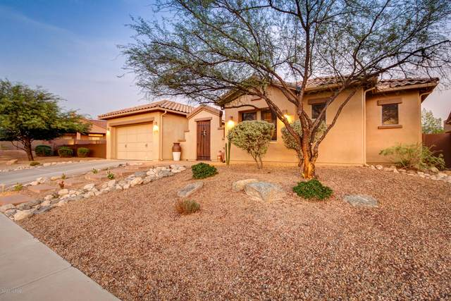 13714 N Napoli Way, Oro Valley, AZ 85755 (#22025618) :: Luxury Group - Realty Executives Arizona Properties