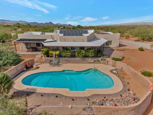 4185 W Calle Cinco, Green Valley, AZ 85622 (#22025715) :: The Local Real Estate Group | Realty Executives