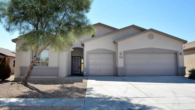 8255 W Calle Escorial, Tucson, AZ 85757 (#22025782) :: Long Realty - The Vallee Gold Team