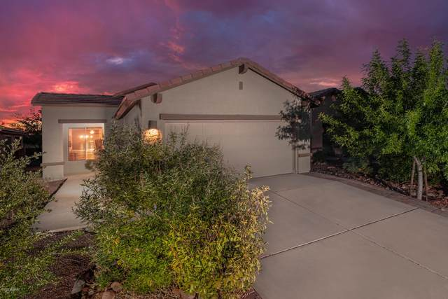 921 N Delacroix Drive, Green Valley, AZ 85614 (#22026195) :: Gateway Partners